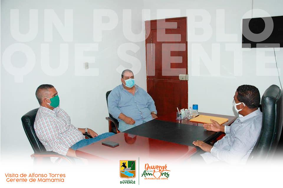 Mamamía colabora para, el plan de restablecimiento del alumbrado público en Duvergé y Puerto Escondido.